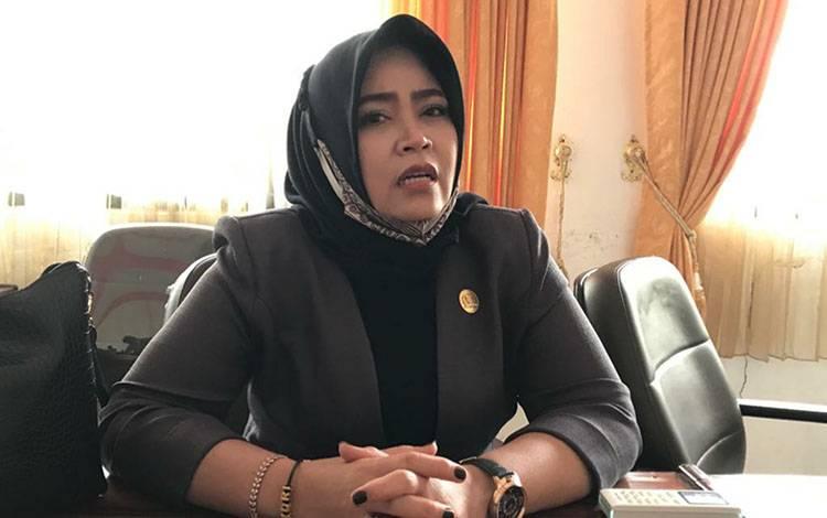 Anggota DPRD Kabupaten Kapuas, Yetti Indriana