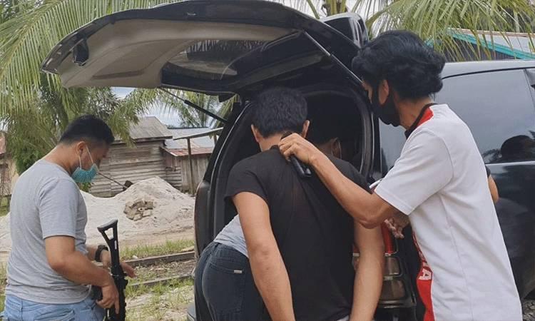 Pelaku penyekapan dan penganiayaan saat diringkus jajaran Resmob Polres Kotim.