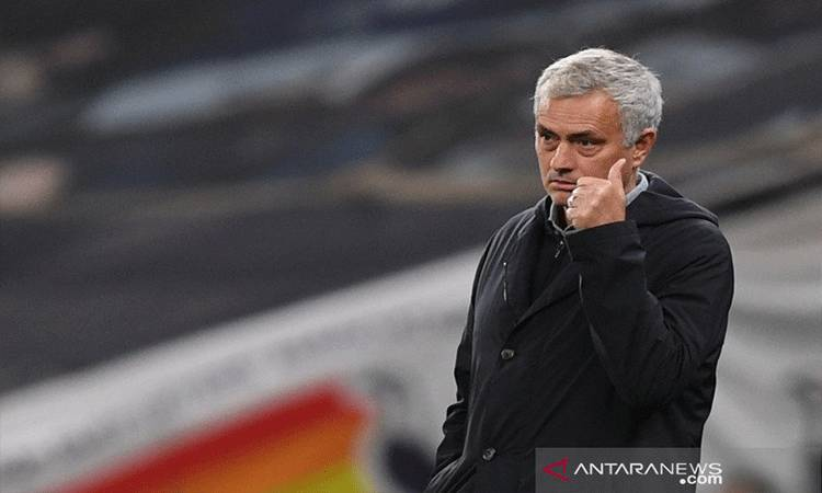 Pelatih Spurs asal Portugal Jose Mourinho.(Pool via REUTERS/NEIL HALL)