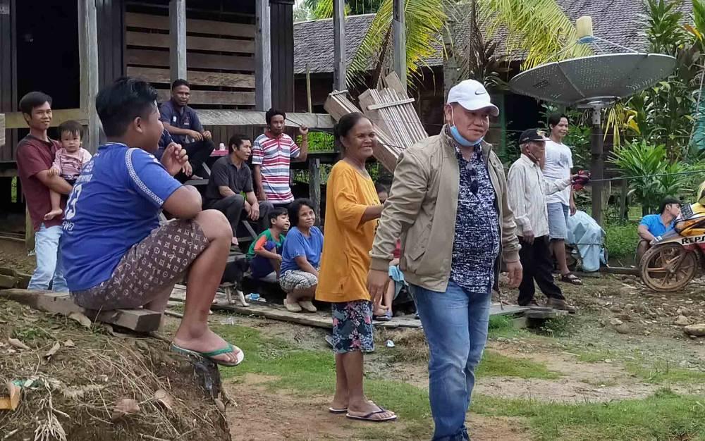 Halikinnor usai bertemu warga di wilayah pedesaan Kotim
