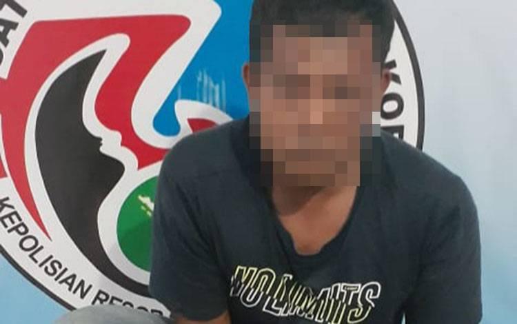 Simpan sabu, M Santoso diamankan anggota Satresnarkoba Polres Kobar.