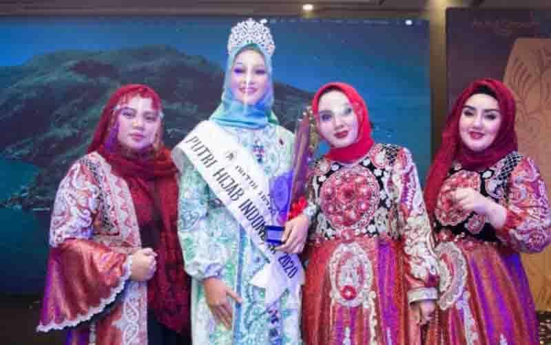 Auliya Fajriyati, finalis asal Riau, sukses menjadi pemenang Putri Hijab Indonesia 2020 menyisihkan 49 finalis lainnya dari 17 provinsi pada Grand Final Putri Hijab Indonesia Tahun 2020 yang digelar di Kota Bandung, Jawa Barat. (foto : Dok Humas Putri Hijab 2020)