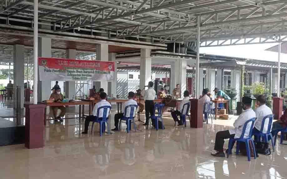 Kegiatan uji kelayakan bakal calon kepala desa di Kabupaten Seruyan.