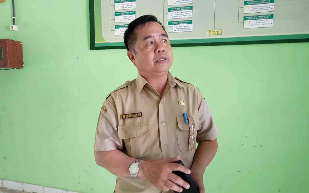 Kepala Dinas Lingkungan Hidup Kabupaten Barito Timur, Lurikto.