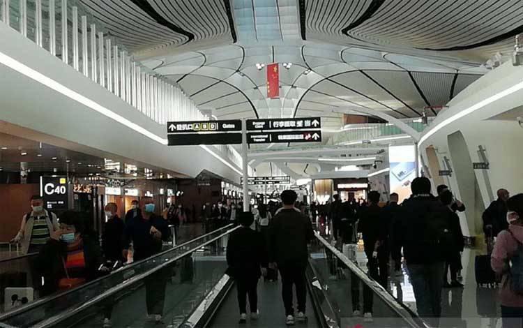 Aktivitas bandara di Cina