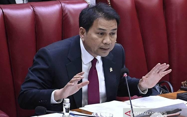 Wakil Ketua DPR RI Azis Syamsuddin. (ANTARA FOTO/Puspa Perwitasari/aa)