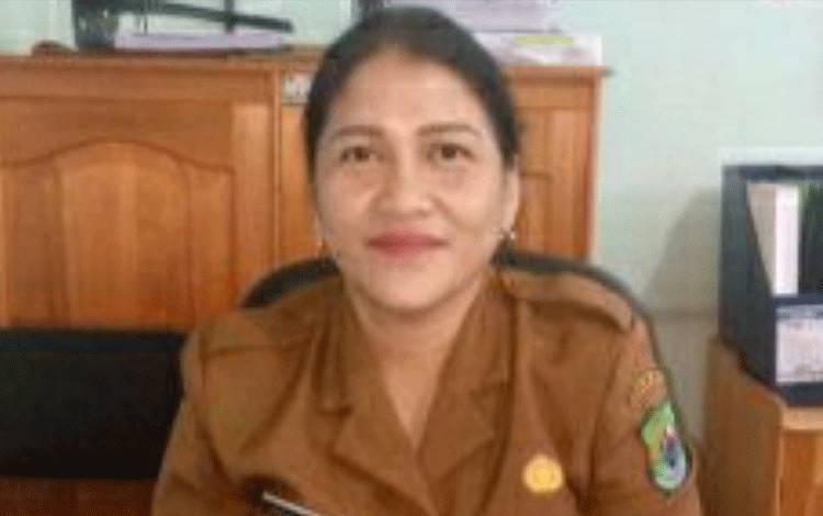 Kasie Rawat Jalan RSUD Kapuas, Elvina Togalami