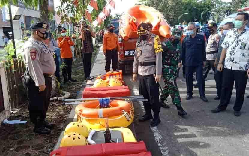 Kapolres Barsel AKBP Agung Tri Widiantoro bersama jajaran mengecek sarana prasarana penanganan bencana