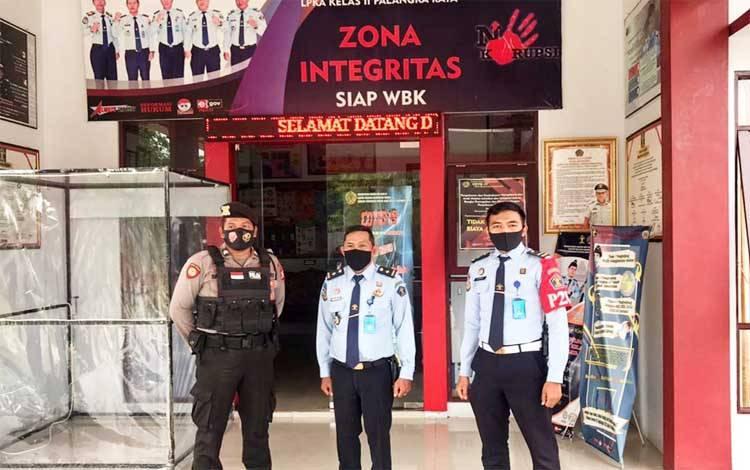 Personel Patmor Shabara Polresta Palangka Raya menyambangi LPKA guna mengantisipasi gangguan Kamtibmas