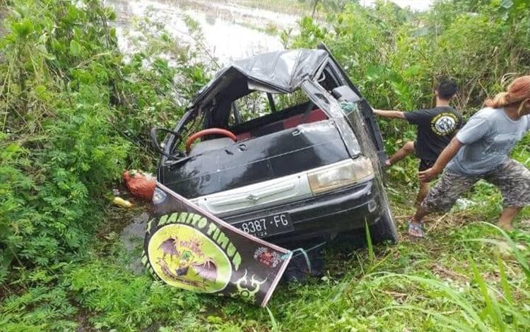 Pikap yang digunakan oleh Ikatan Bikers Barito Timur saat mengalami kecelakaan.