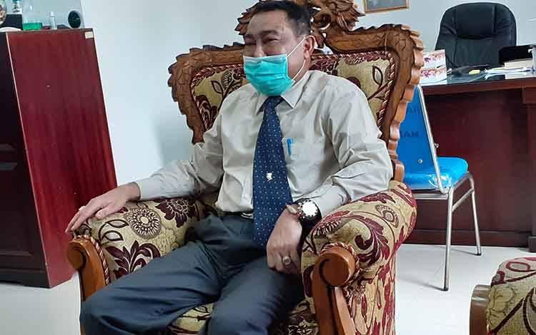 Kepala DPPKBP3A Kota Palangka Raya, Sahdin Hasan.