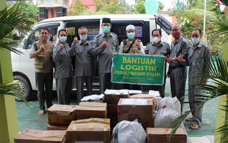 Bantuan yang digalang Kelompok Kerja Guru PAI Kemenag Kapuas untuk disalurkan ke korban banjir di Kalsel