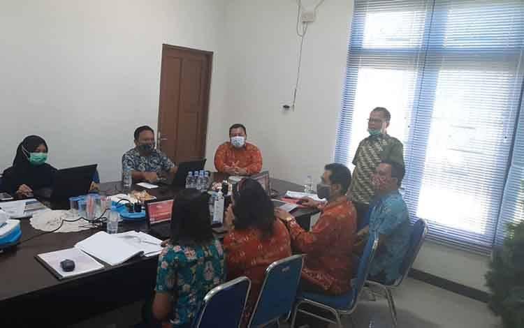 Suasana pelatihan Simda Pendapatan di kantor Bapenda Kabupaten Gunung Mas, Kamis 21 Januari 2021