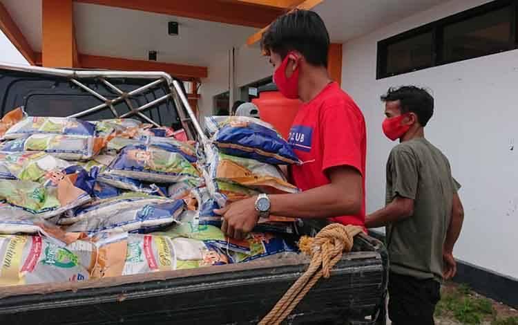 Gubernur Kalteng Terima Dua Penghargaan Kemanusiaan