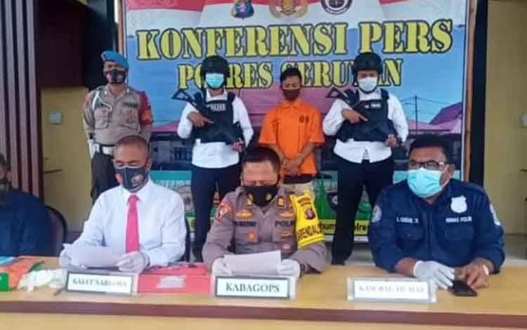 Konferensi Pers pengungkapan kasus sabu di Polres Seruyan