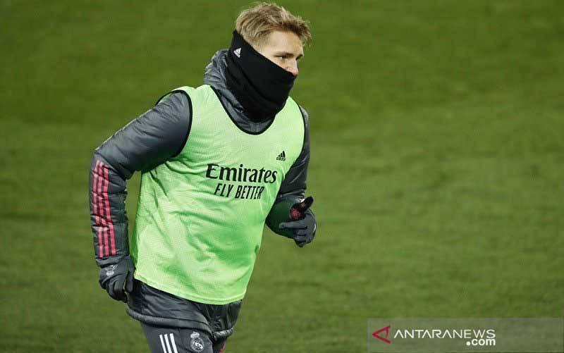 Gelandang serang Real Madrid Martin Odegaard. (foto : ANTARA/REUTERS/Juan Medina)