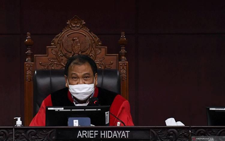 Hakim Mahkamah Konstitusi Arief Hidayat. ANTARA FOTO/Puspa Perwitasari/nz.