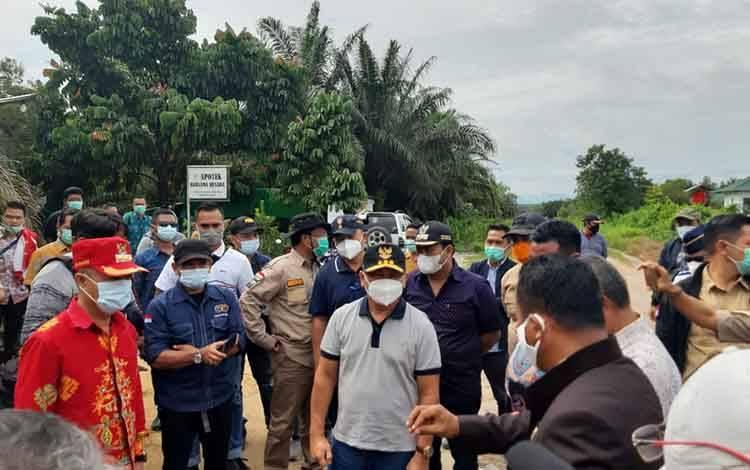 Gubernur Kalteng, Sugianto Sabran melakukan kunjungan ke lokasi calon Ibu Kota Provinsi Kotawaringin