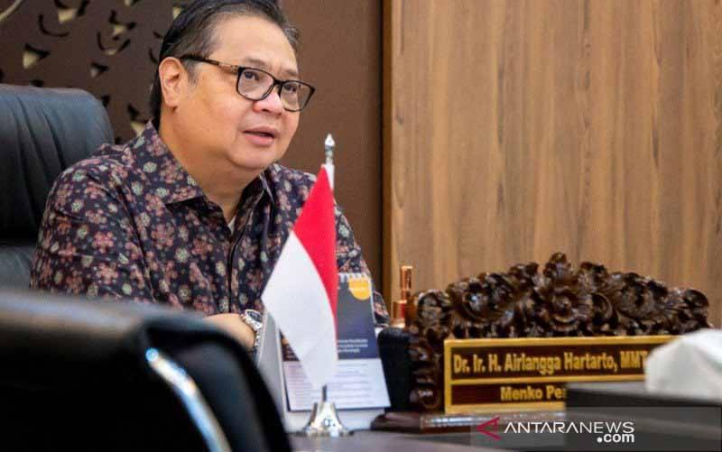 Menteri Koordinator (Menko) Bidang Perekonomian RI Airlangga Hartarto dalam siaran virtual, Kamis (18/2/2021). (foto : ANTARA/HO-Kemenko Perekonomian)