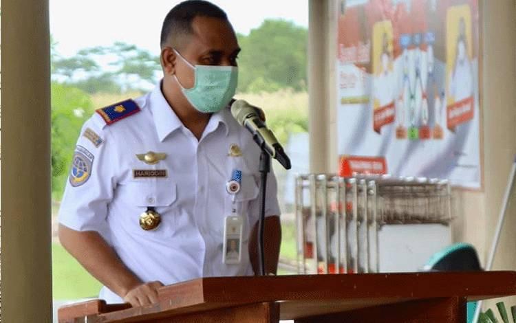 Kepala Bandara Kuala Pembuang Muhammad Hariddin