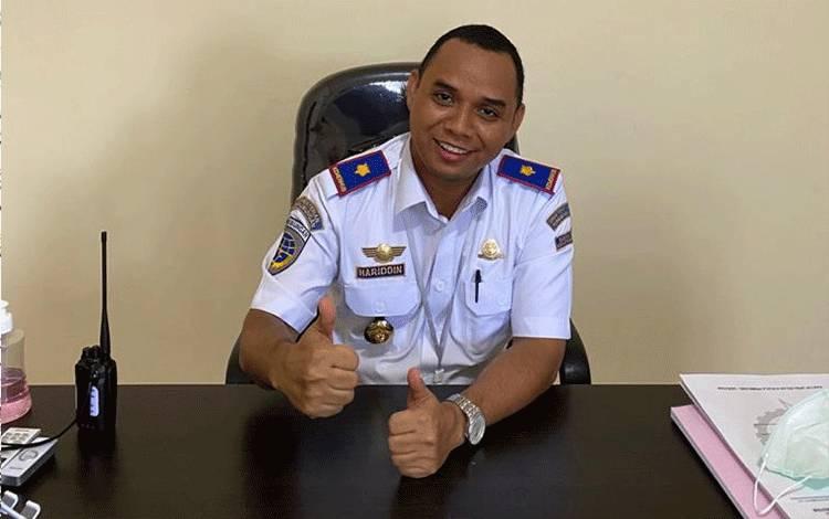 Kepala Bandara Kuala Pembuang, Muhammad Hariddin