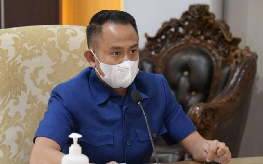 Wali Kota Palangka Raya, Fairid Naparin membuka webinar kolaboratif Ganas Annar-MUI Kalteng, Sabtu 27 Februari 2021.