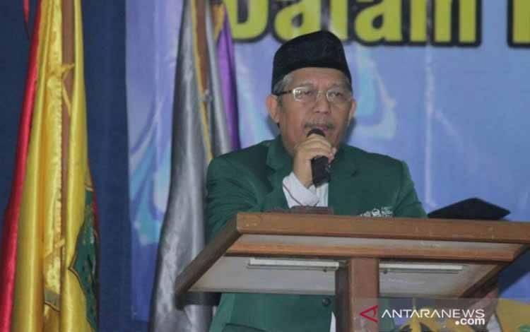 Ketua Umum Pengurus Besar Mathla'ul Anwar (PBMA) KH Ahmad Sadeli Karim