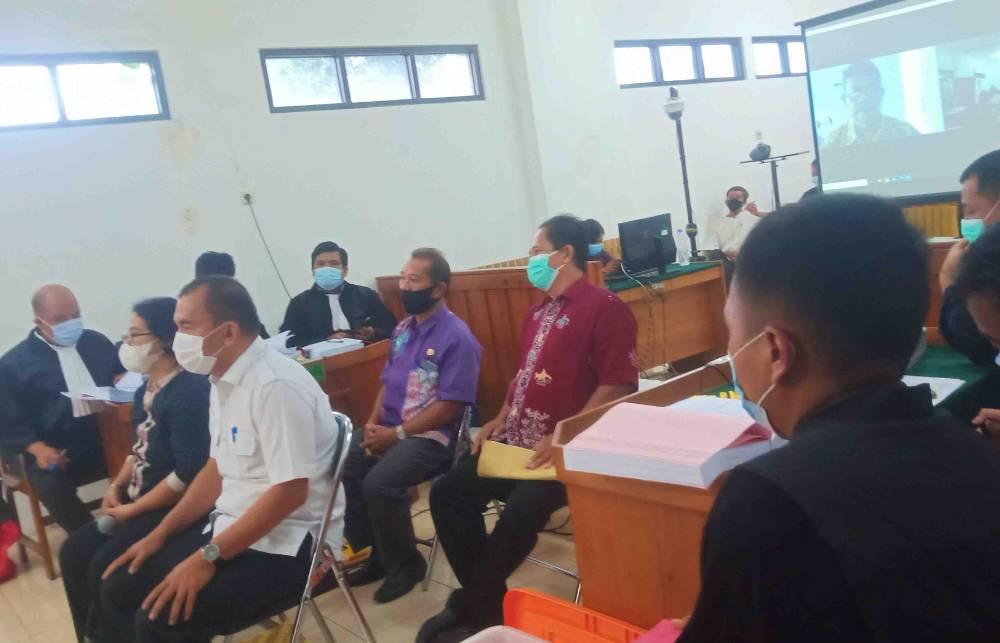Empat orang dihadirkan sebagai saksi dalam sidang lanjutan dugaan korupsi penyertaan modal PDAM Kapuas.