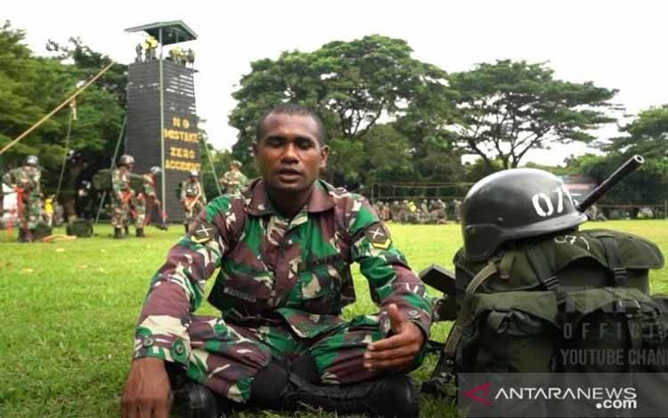 Prajurit TNI AD Falen Mariar
