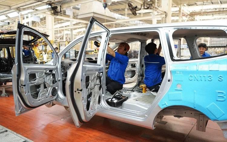 Proses produksi di industri otomotif. (ANTARA/ Biro Humas Kementerian Perindustrian)