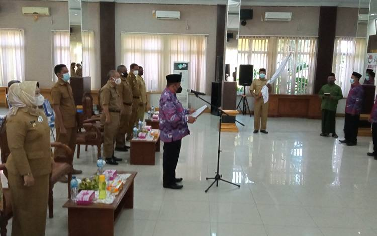 Pengukuhan pengurus PPDI Kobar di aula kantor bupati, Selasa, 23 Maret 2021.