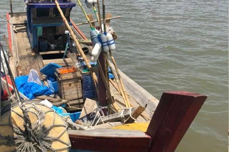 Kapal motor yang diduga menyelundupkan 73,5 kilogram narkoba jenis sabu-sabu dan 35.915 butir pil ekstasi di wilayah Provinsi Aceh. Antara Aceh/HO/Humas Kanwil DJBC Aceh