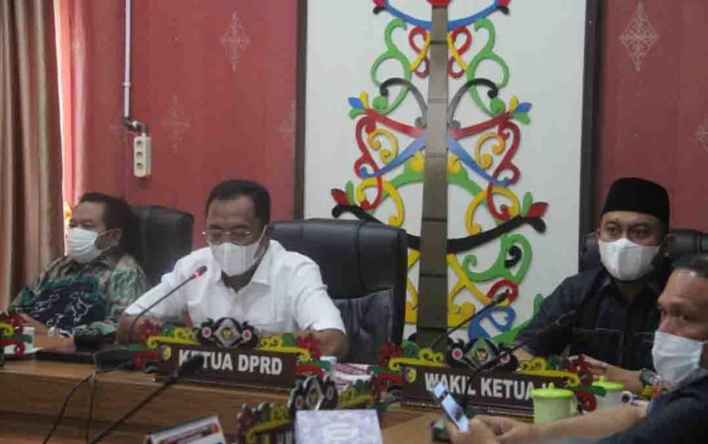 Paripurna ke 5 masa sidang II tahun sidang 2021 DPRD Kota Palangka Raya.