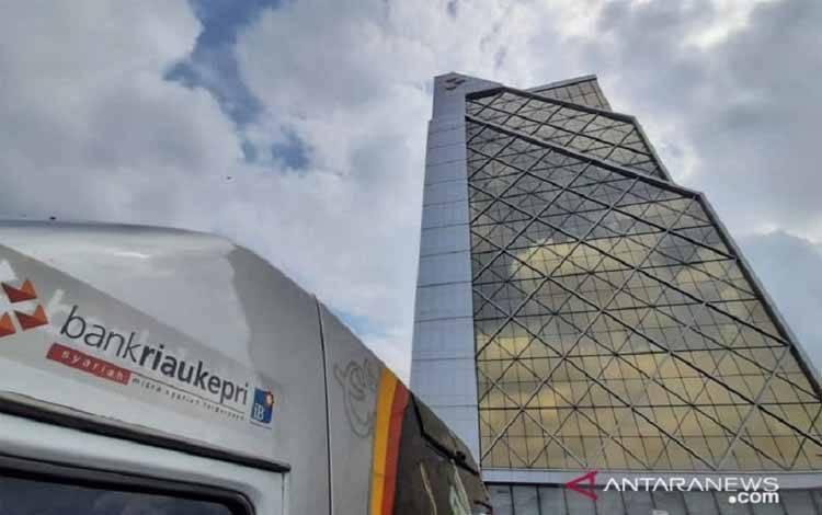 Gedung Bank Riau Kepri di Kota Pekanbaru