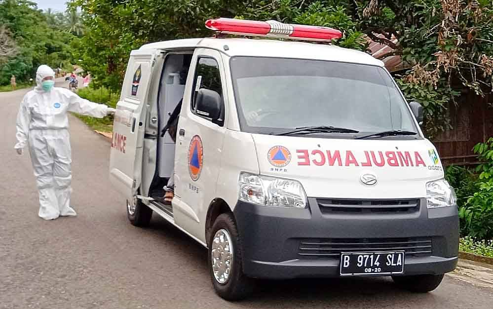 Ambulans untuk penanganan pasien covid-19 di Barito Timur.