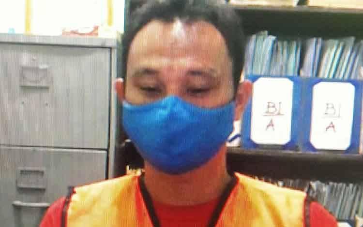 Supsudianto alias Sudin terdakwa kasus penganiyaan.