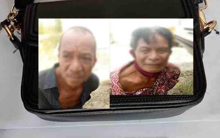 Kedua tersangka kasus pencurian  saat diamankan polisi.