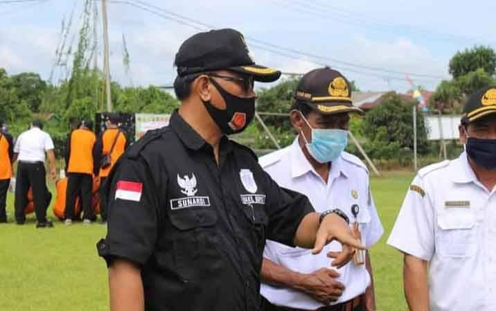 Wakil Bupati Katingan Sunardi Litang saat berada di wilayah Kecamatan Katingan Kuala untuk mengecek peralatan dan personel guna menghadapi Karhutla tahun ini.