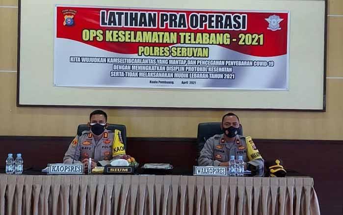 Kapolres Seruyan, AKBP Bayu Wicaksono bersama Wakapolres Kompol Yudha Setiawan saat memimpin Latihan Pra Operasi Keselatan Telabang 2021, Jumat, 9 April 2021.