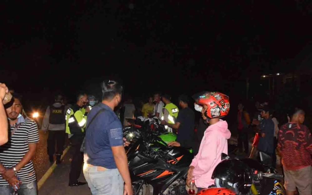 Aparat Kepolisian Polres Barsel razia dan mengamankan 31 motor balap liar