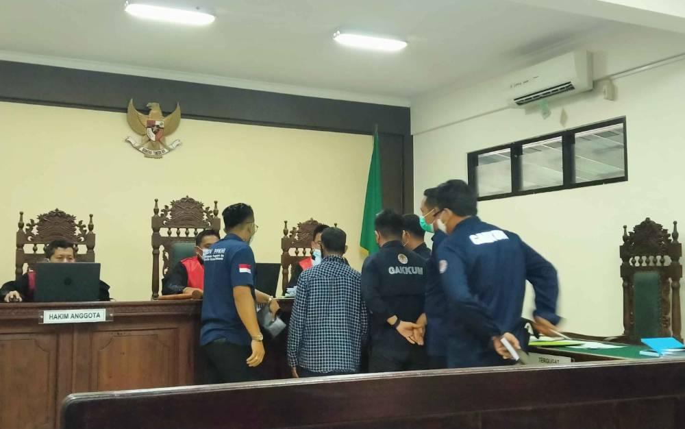 Sidang gugatan M Abdul Fatah yang diajukan kepadaBalai Pengamanan dan Penegakan Hukum Lingkungan Hidup dan Kehutanan Wilayah Kalimantan Seksi Wilayah I Palangka Raya di Pengadilan Negeri Sampit.