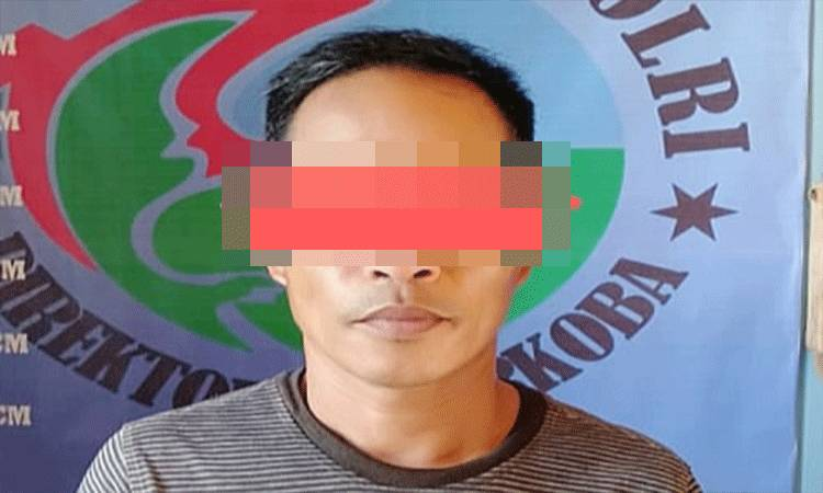 A (48) warga Desa Simpang Naneng Kecamatan Karusen Janang diamankan karena menyimpan 7 paket sabu.