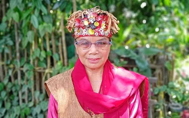 Mardiana Deren, pendamping dan pejuang masyarakat adat di Barito Timur.
