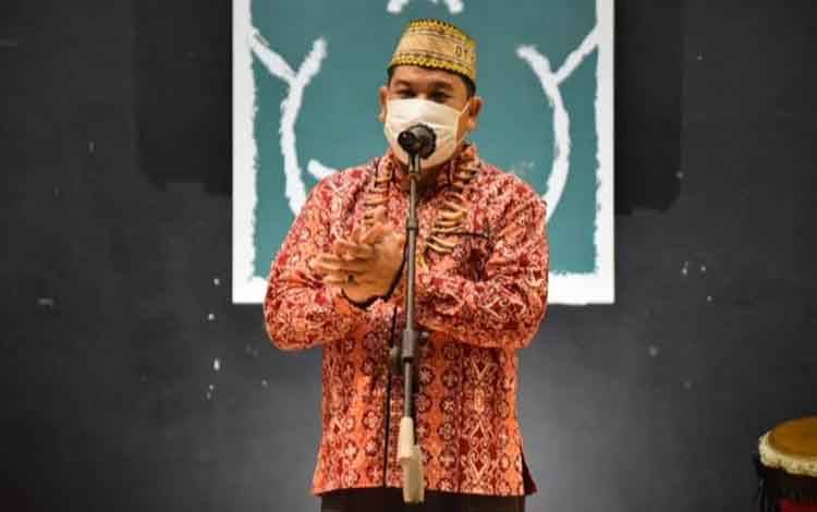 Kepala Dinas Kebudayaan dan Pariwisata Provinsi Kalimantan Tengah Guntur Talajan