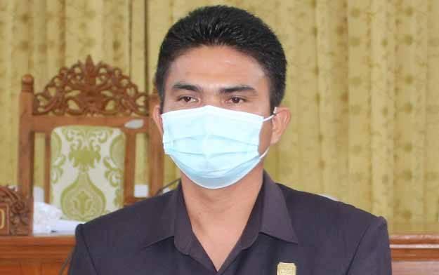 Wakil Ketua I DPRD Kabupaten Gumas, Binartha.
