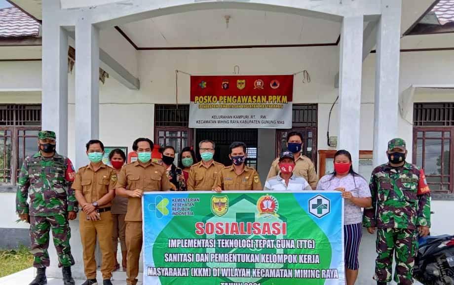 Babinsa Koramil 1016-03/Sepang Serda Anang Bahriansyah dan Serda Pransiska menghadiri Sosialisasi TTG dan KKM.