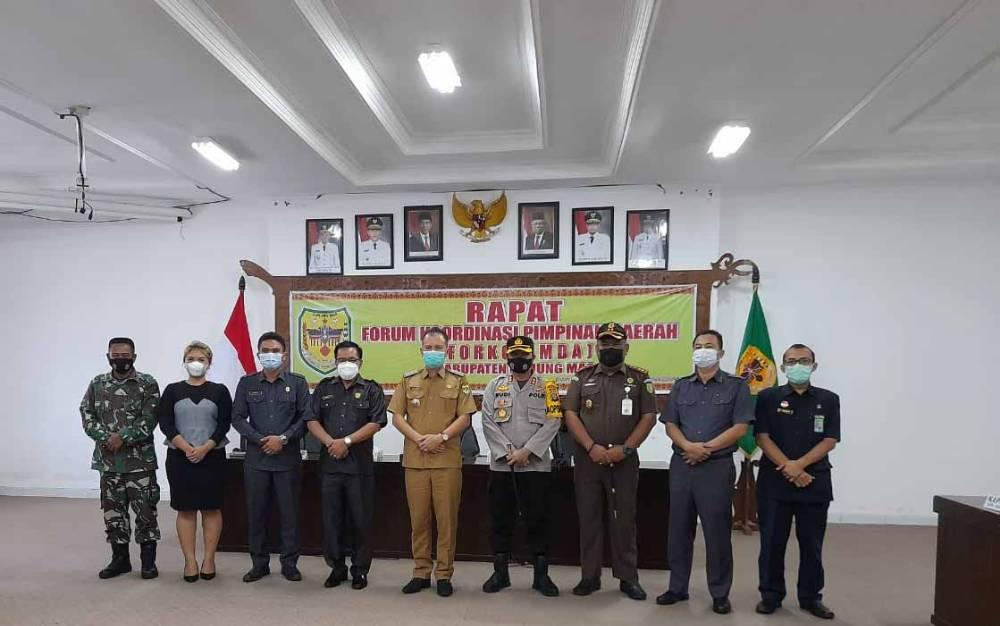 Rapat forkopimda di Kabupaten Gunung Mas.