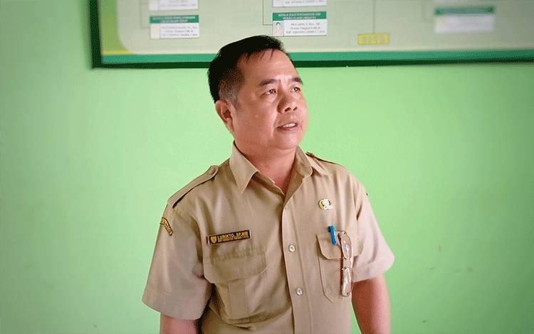 Kepala Dinas Lingkungan Hidup Kabupaten Barito Timur Lurikto