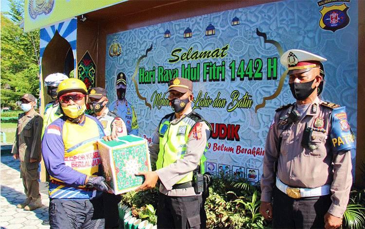 Kapolda Kalteng Pantau Posko Terpadu Operasi Ketupat Telabang