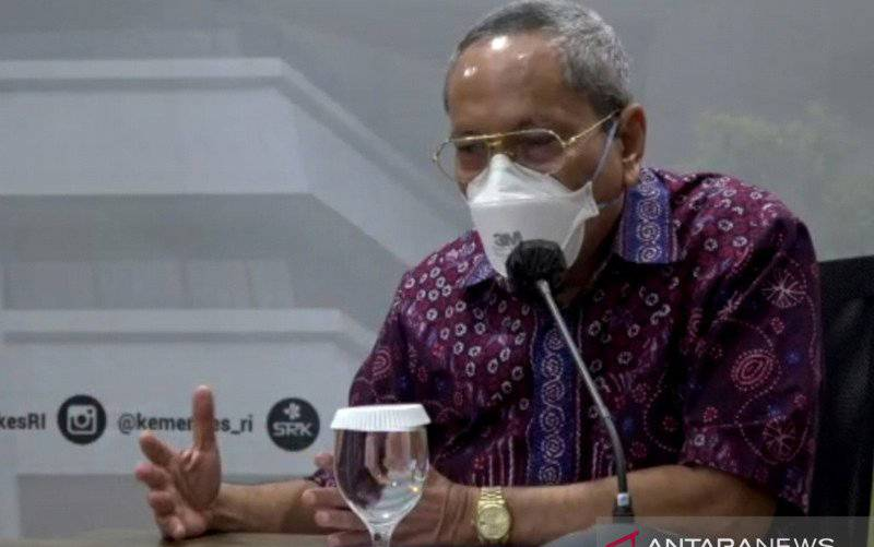 Guru Besar Paru Fakultas Kedokteran Universitas Indonesia (FKUI) Prof Tjandra Yoga Aditama. (FOTO ANTARA/Andi Firdaus)